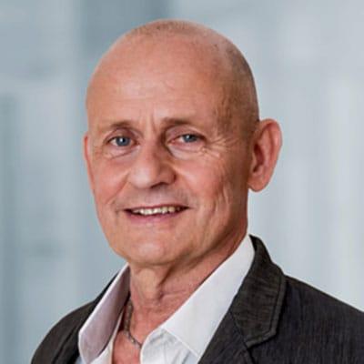 Stephan Neubert, Fachanwalt